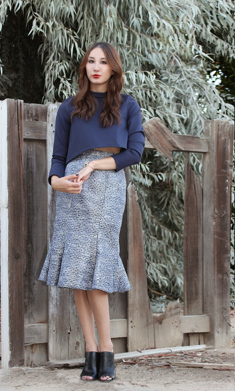 mermaid flare skirt, alyssa nicole, alyssa nicole fall 2014, metallic skirt, navy skirt, metallic navy skirt, turtle neck, cropped turtle neck, midi skirt, flared skirt, mules, saks fifth avenue, saks fifth avenue heels, street style, couture,