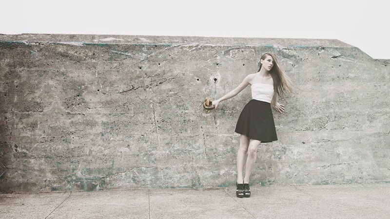 ALYSSA NICOLE X LOOKBOOK.NU BLACK & WHITE TUXEDO STYLECONTEST!