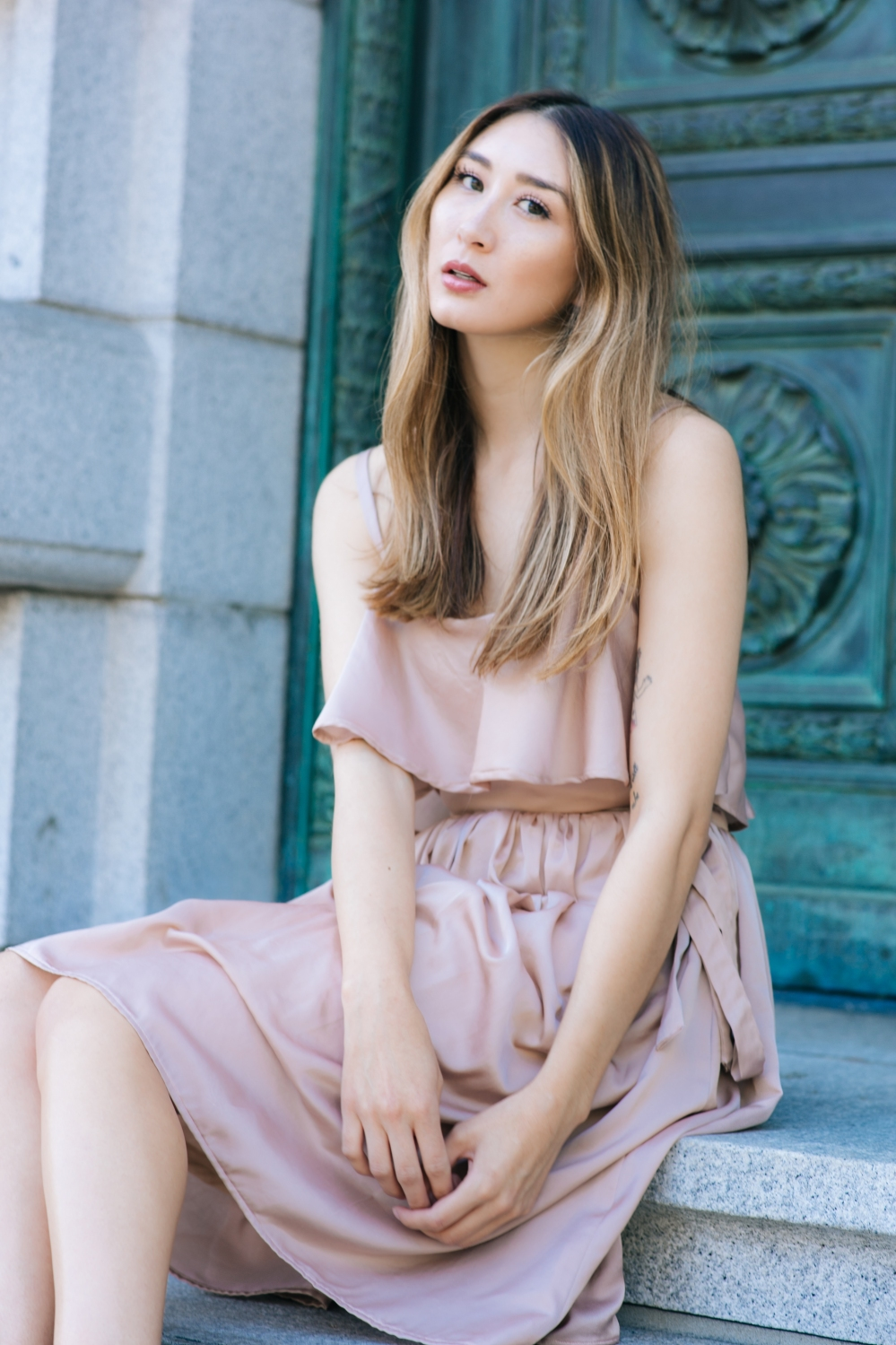 modern-romance-alyssa-nicole-emma-dress-4